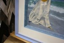 Вышивка гладью в деревянной рамке с паспарту