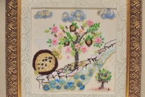 Вышивка бисером в двойной раме из дерева и пластика