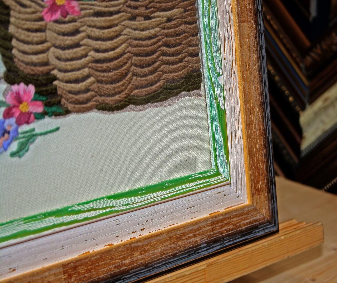 Деревянное цветное паспарту для вышивки
